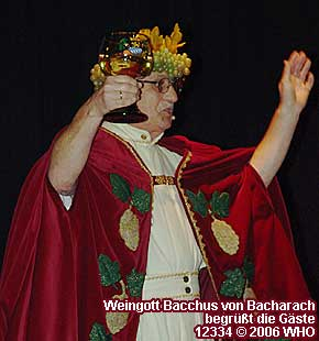 Wine God Bacchus from Bacharach welcomes the guests with maudlin words.